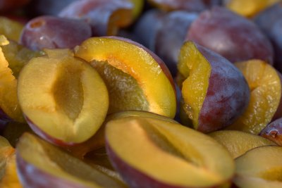 Pflaumen einkochen - Rezept Pflaumen in Rotwein für Feinschmecker
