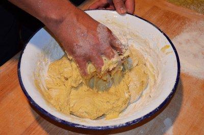 Brot backen mit Hefe - So stellst Du deinen perfekten Hefeteig her