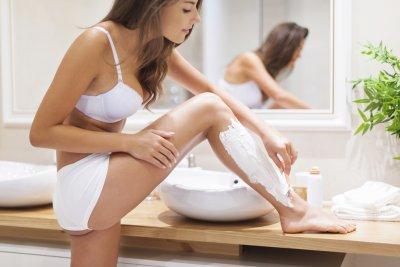 » Glatte Haut – Was du beim Rasieren beachten musst