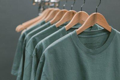 » Weihnachts-Geschenkideen für Ihn: Herren T-Shirts