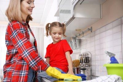 » Mit Kindern den Haushalt richtig meistern